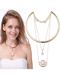 Exaggerated Gold Color Round Shape Pendant Decorated Multilayer Necklace