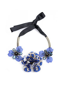 Elegant Blue Big Flower Decorated Short Chain Necklace