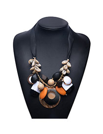 Exaggerate White Shellshape Weaving Decorated Short Chain Necklace