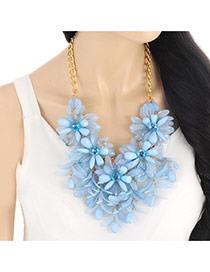 Elegant Blue Flower Shape Decorated Waterdrop Shape Pendant Necklace