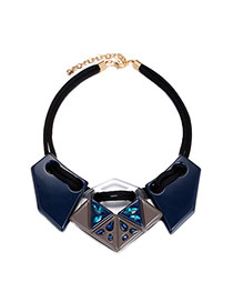 Exaggerated Blue Irregular Shape Gemstone Decorated Short Chain Necklace