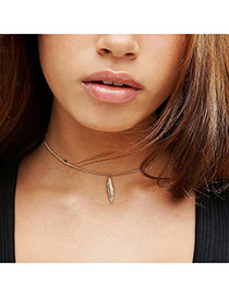 Fashion Gold Color Leaf Pendant Decorated Short Chain Necklace