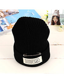 Fashion Black Pin Decorated Pure Color Design Simple Kintting Hat