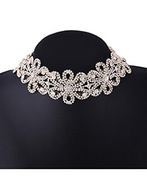Vintage Gold Color Hollow Out Deasign Flower Decorated Choker