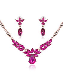 Fashion Plun Red Oval Diamond Pendant Decorated Short Chain Jewelry Sets