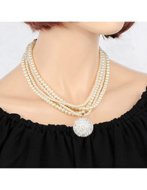 Elegant White Round Shape Pendant Decorated Multilayer Necklace