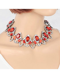 Vintage Red Geometric Shape Diamond Decorated Hollow Out Necklace