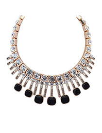 Exaggerated Black Geometric Shape Diamond Decorated Simple Necklace