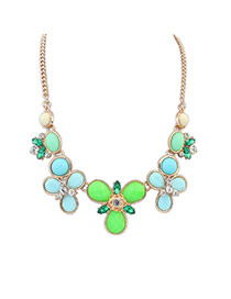 Elegant Green Round Gemstone Flower Shape Decorated Simple Necklace