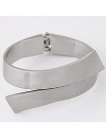 Elegant Silver Gray Geometrical Shape Decorated Pure Color Bracelet