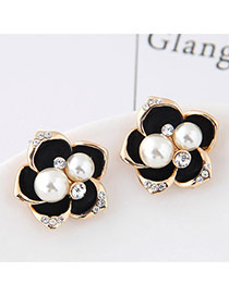Sweet Black Pearl&diamond Decorated Flowe Shape Earring