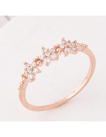 Elegant Rose Gold Round Shape Diamond Decorated Flower Shape Ring
