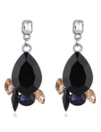 Elegant Black Oval Shape Diamond Decorated Simple Earrings