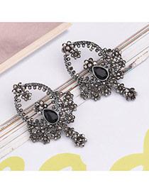 Elegant Black Square Shape Diamond Decorated Simple Earrings