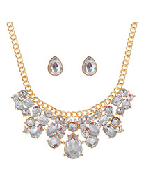 Luxury Gold Color+white Waterdrop Shape Diamond Decorated Short Chain Necklace Sets