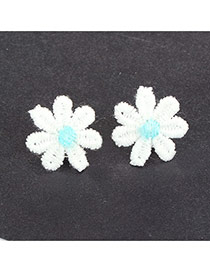 Cute Blue Earrings In Shape Of Beutiful Flor Daisy