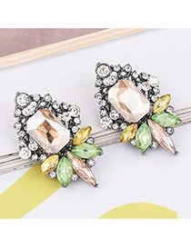 Elagent White Geometric Shape Diamond Decorated Simle Earrings