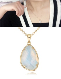 Fashion White Stone Shape Pendant Decorated Necklace