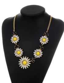 Fashion Yellow Flower Shape Pendant Decorated Simple Short Chain Necklace