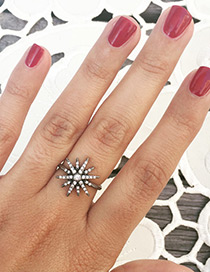 Personality Silver Color Metal Star Shape Decorated Simple Ring