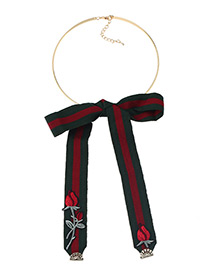 Fashion Green Rose Embroidery Decorated Simple Bowknot Pendant Choker