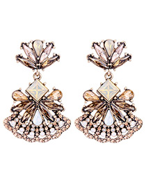 Elegant Champagne Geometric Shape Diamond Decorated Earrings