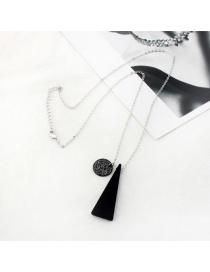 Elegant Black Triangel Shape Pendant Decorated Simple Necklace
