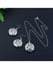 Elegant Silver Color Flower Decorated Hollow Out Design Jewelry Sets